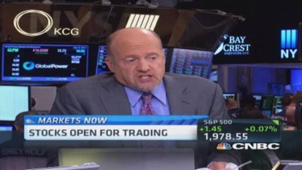 Cramer: Facebook has tremendous momentum