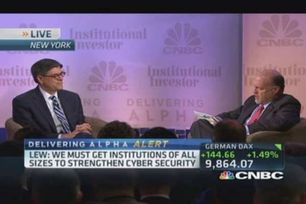 Act on tax inversion now: Lew