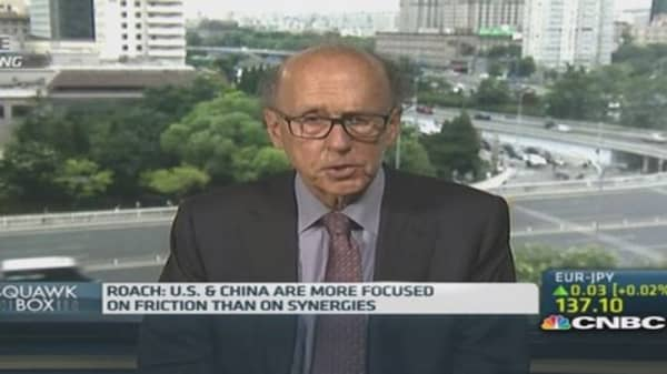 Roach: US, China seeing a 'trust deficit'
