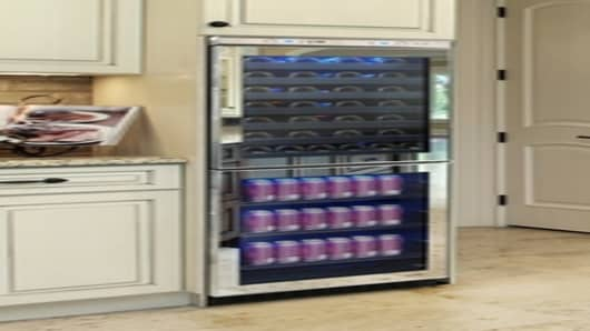 Vinotemp's new Mirrored Touch Screen Wine & Beverage Cooler