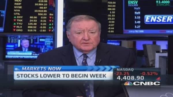Cashin: Markets 'stroll' to safety