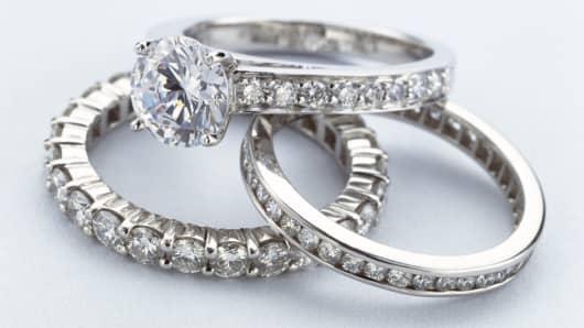 Diamond Rings on Blue - Worrell.24319.012