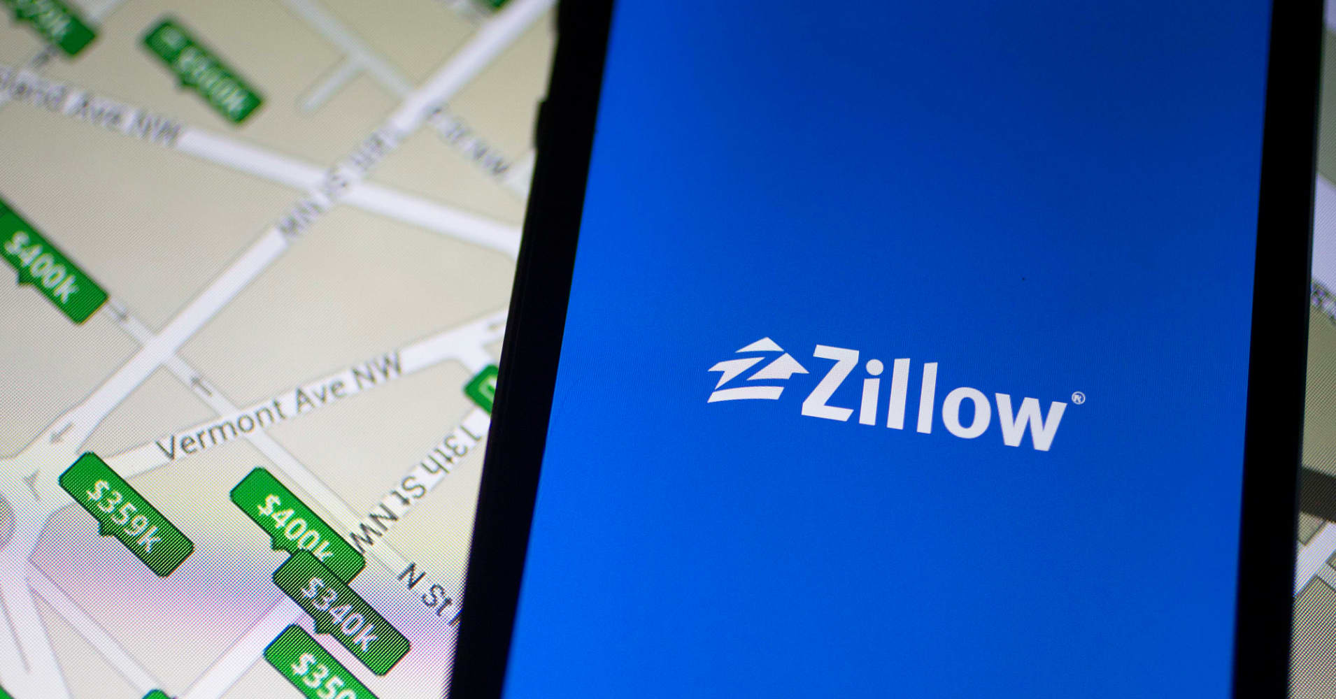 Stocks making the biggest moves after hours: Kraft Heinz, Dropbox, Zillow and more