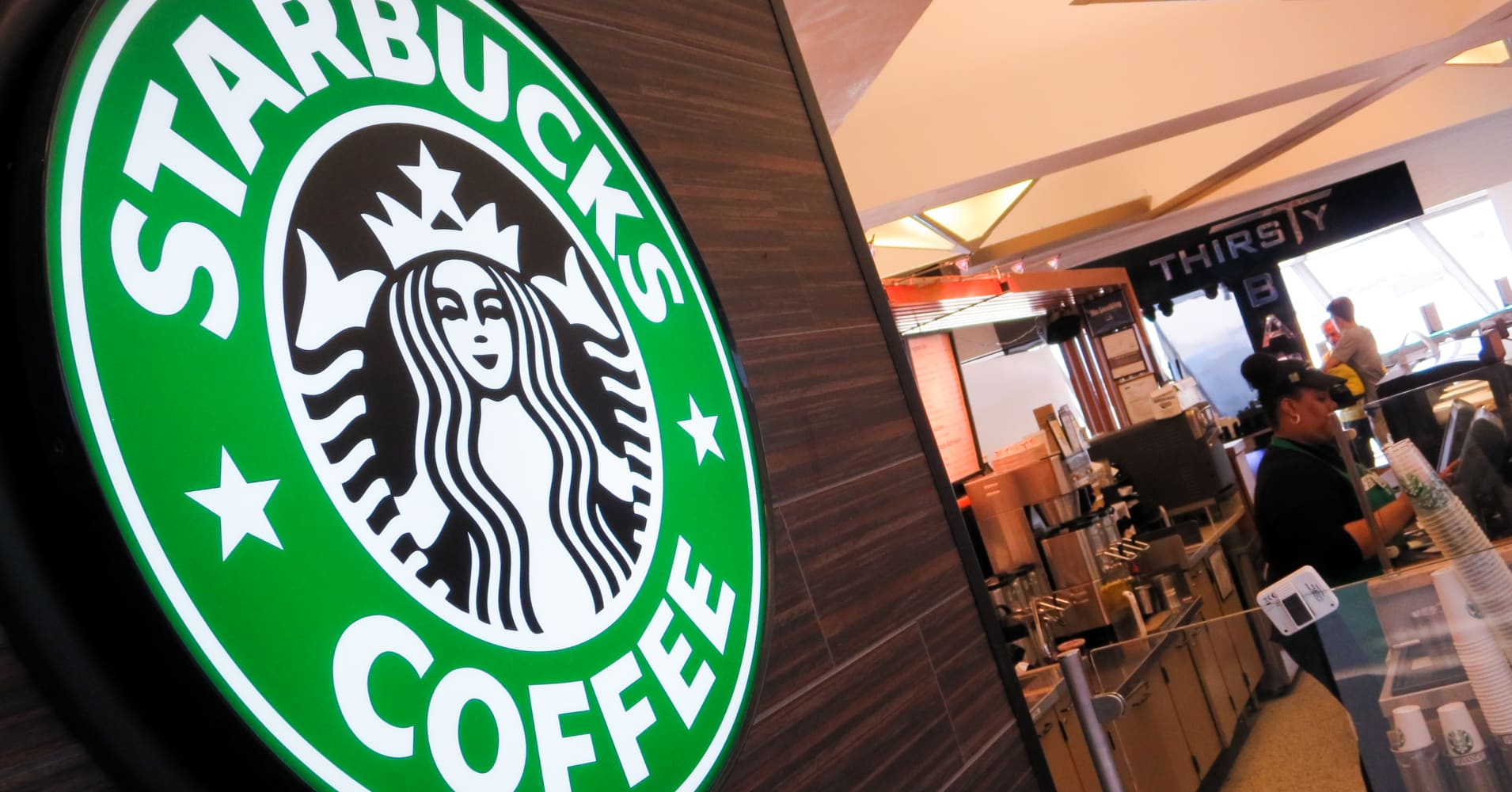 industry engagement story of starbucks in australia At the industry level, the financial sector is the main sector across all regions that  global employee engagement levels were improving from 2008 to 2009, but.