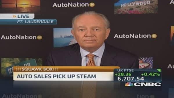 AutoNation CEO: Obama still doesn't get it