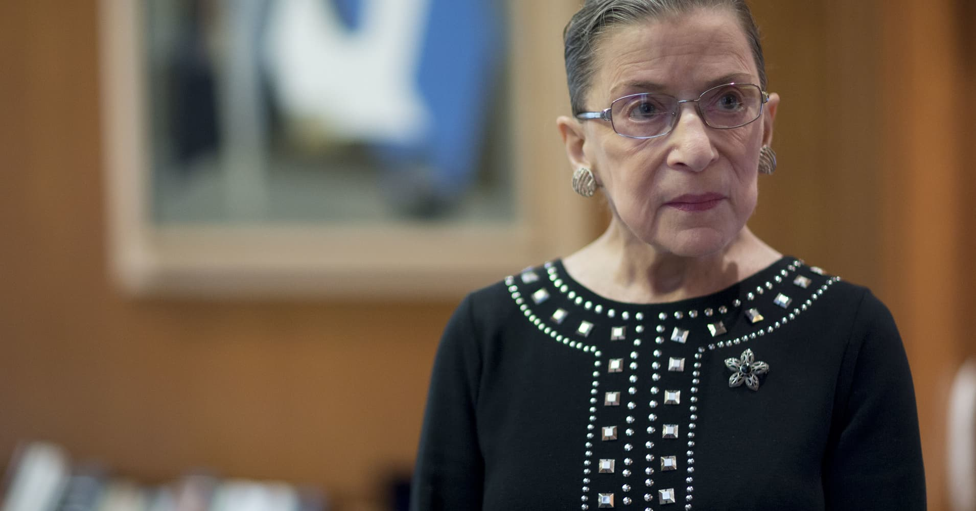 Cancer surgeons expect Justice Ruth Bader Ginsburg to recover in weeks