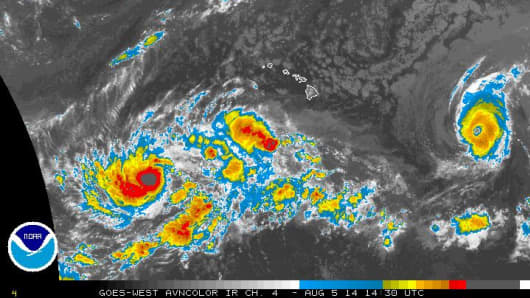 Satellite map of two hurricanes barreling down on the Hawaii'n Islands on Aug. 5, 2014.