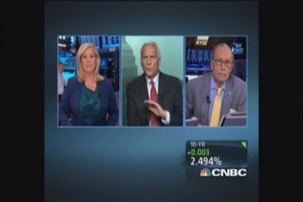 S&P: Wealth gap slowing US economic growth