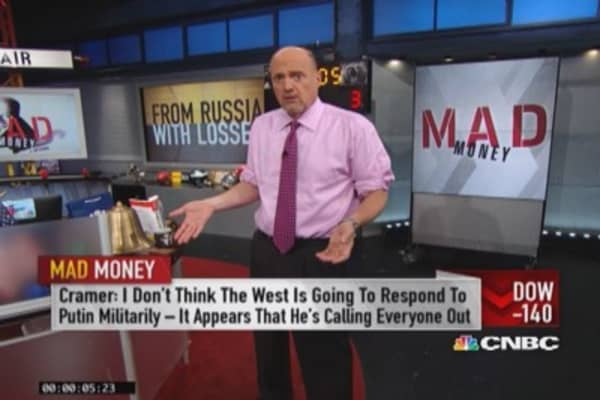 Blame Russia? Cramer's take on today's losses