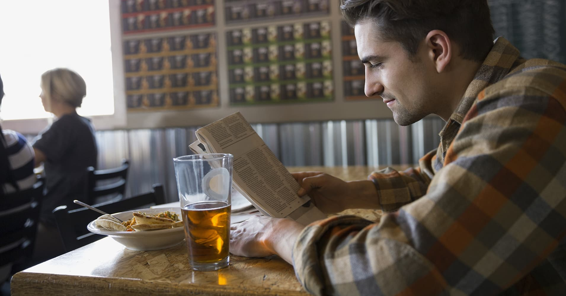 eating alone in restaurants essay If you compare eating in to eating out in terms of convenience alone, restaurant food wins the contest  a single meal at fast food restaurants can supersize you .