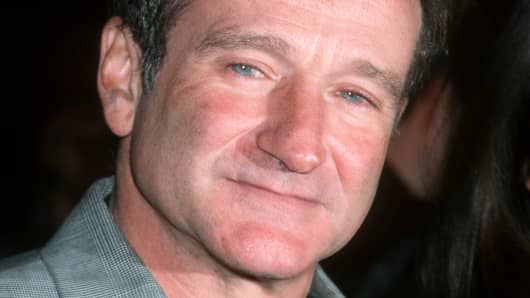 "Robin Williams during ""Patch Adams"" premiere at the Ziegfeld Theater in New York."
