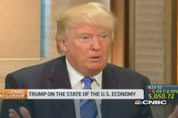 Trump: US economy isn't seeing a recovery