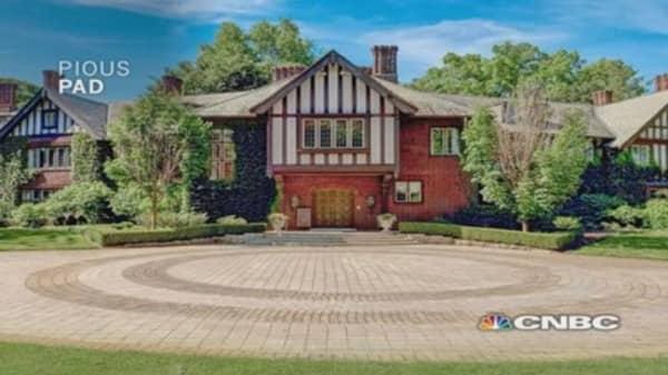Million Dollar Homes: Pious Pad vs. Pop Glam