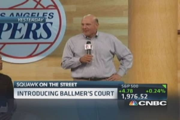 Ballmer rallies LA Clipper fans