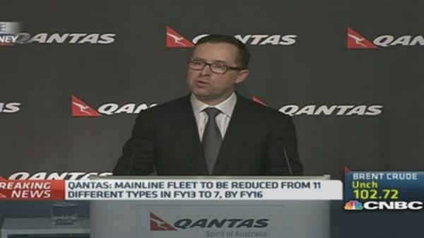 Qantas shocks with record full-year net loss