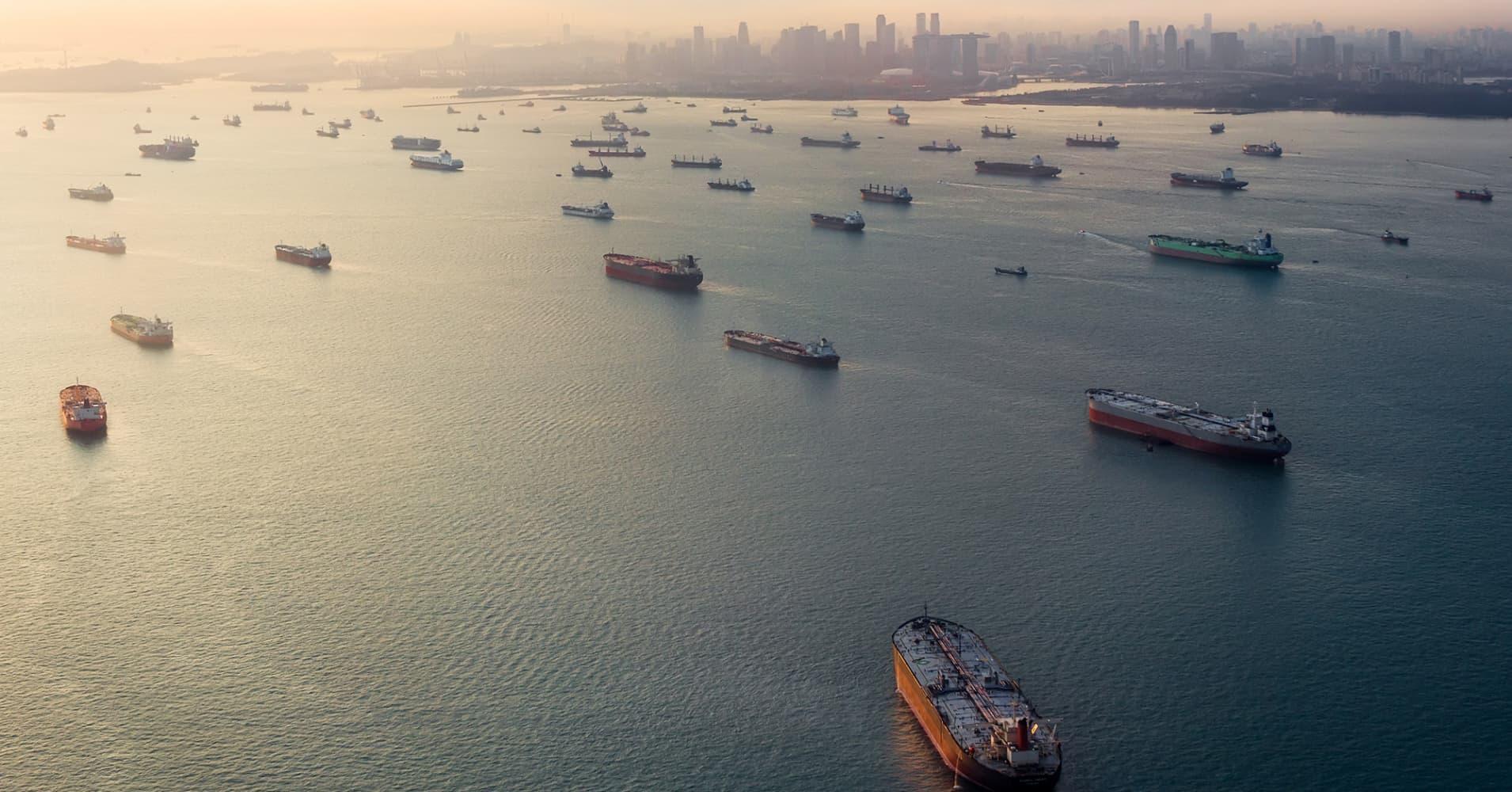 """Képtalálat a következőre: """"malacca strait trade ships"""""""