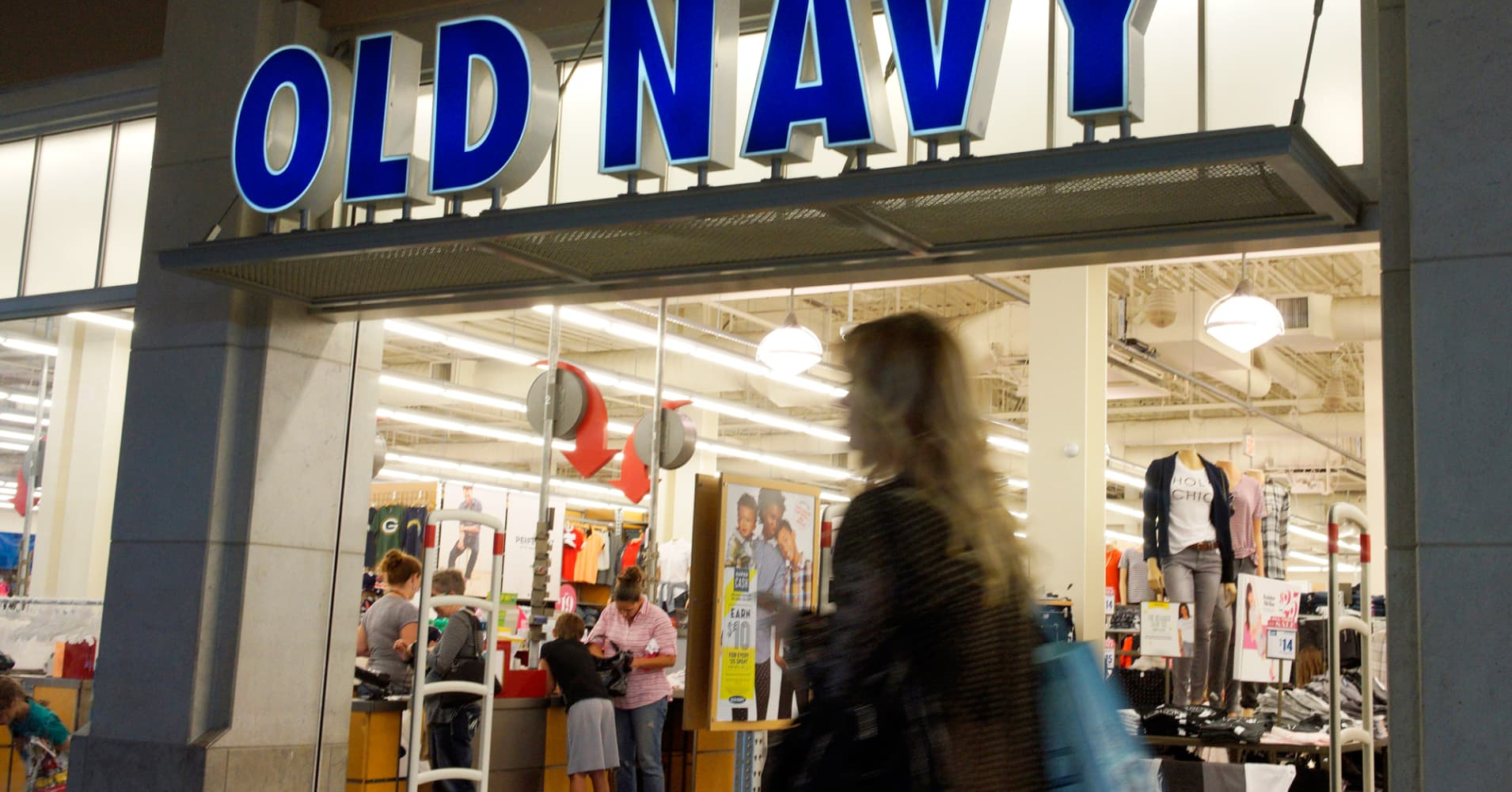 Old Navy To Open 60 Stores This Year, Driving Gap's Growth