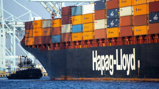 A Hapag-Lloyd container ship in the Port of Los Angeles