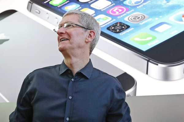 Apple CEO Tim Cook at an Apple Store in Palo Alto, Calif.