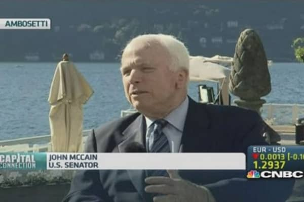 McCain: The West needs to arm Ukraine military