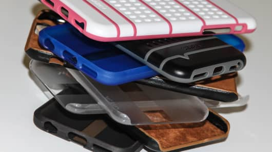 Cases for the iPhone 6 by Ventev, an aftermarket smartphone accessory product maker.