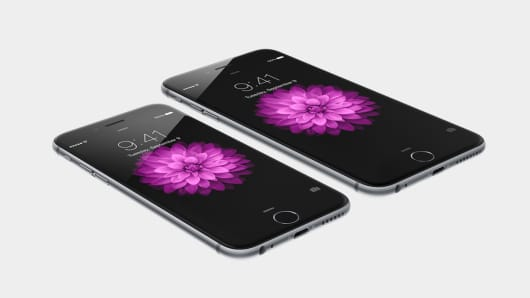 Apple iPhone 6 and iPhone 6 Plus unveiled.