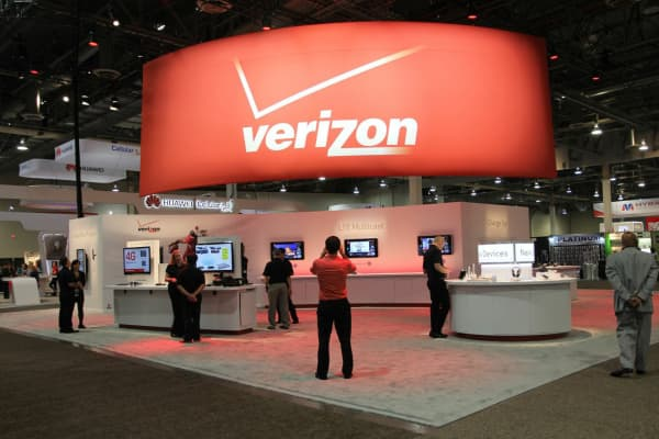 A Verizon display at a trade show