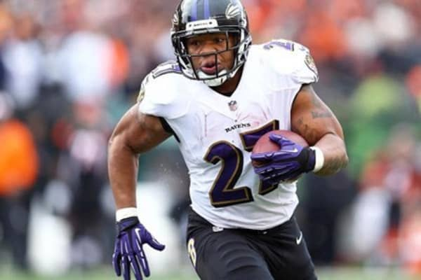 NFL exec. received Ray Rice tape in April: AP