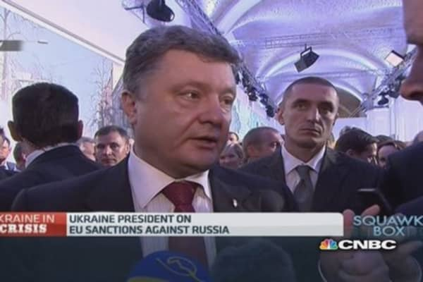 We'll lift sanctions if Russia complies: Poroshenko
