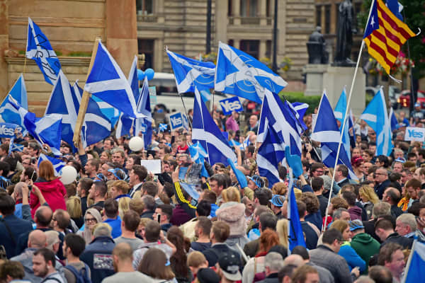 Hundreds of Yes supporters gather in George Square to show their support for the independence referendum