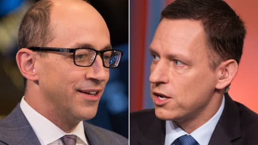 Dick Costolo, CEO of Twitter (L) and Peter Thiel, co-founder of Palantir.