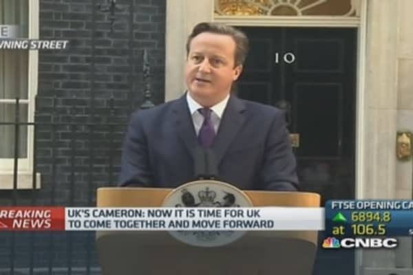 Cameron says Scotland devolution will be honored