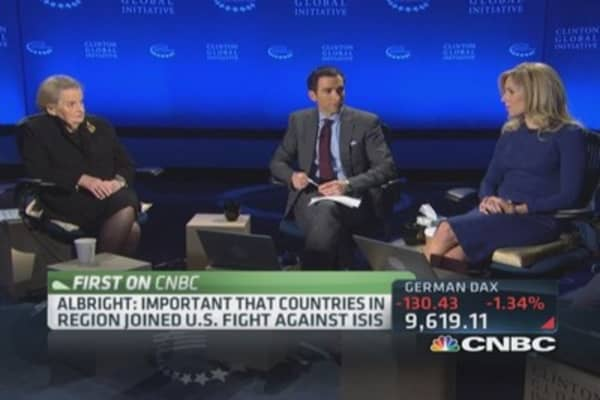 Albright: US needs to explains stakes better