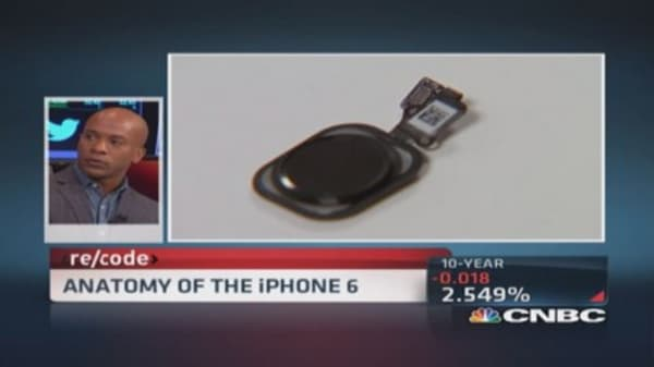 What's inside an iPhone 6?