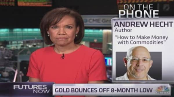 Gold will fall much lower: Commodity expert