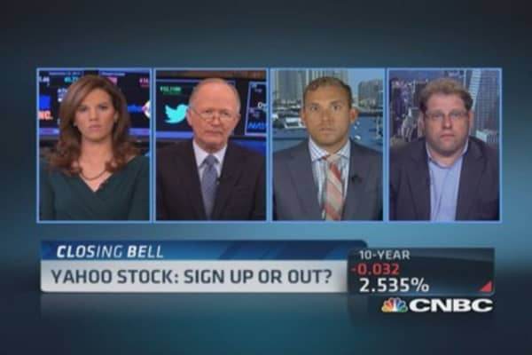 Yahoo stock brawl: Activist play?