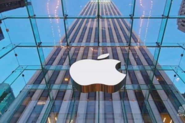 Apple releases iOS 8.0.2 update