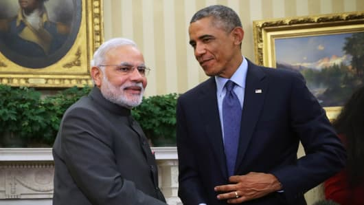 President Barack Obama meets with Indian Prime Minister Narendra Modi in the Oval Office of the White House September 30, 2014 in Washington.