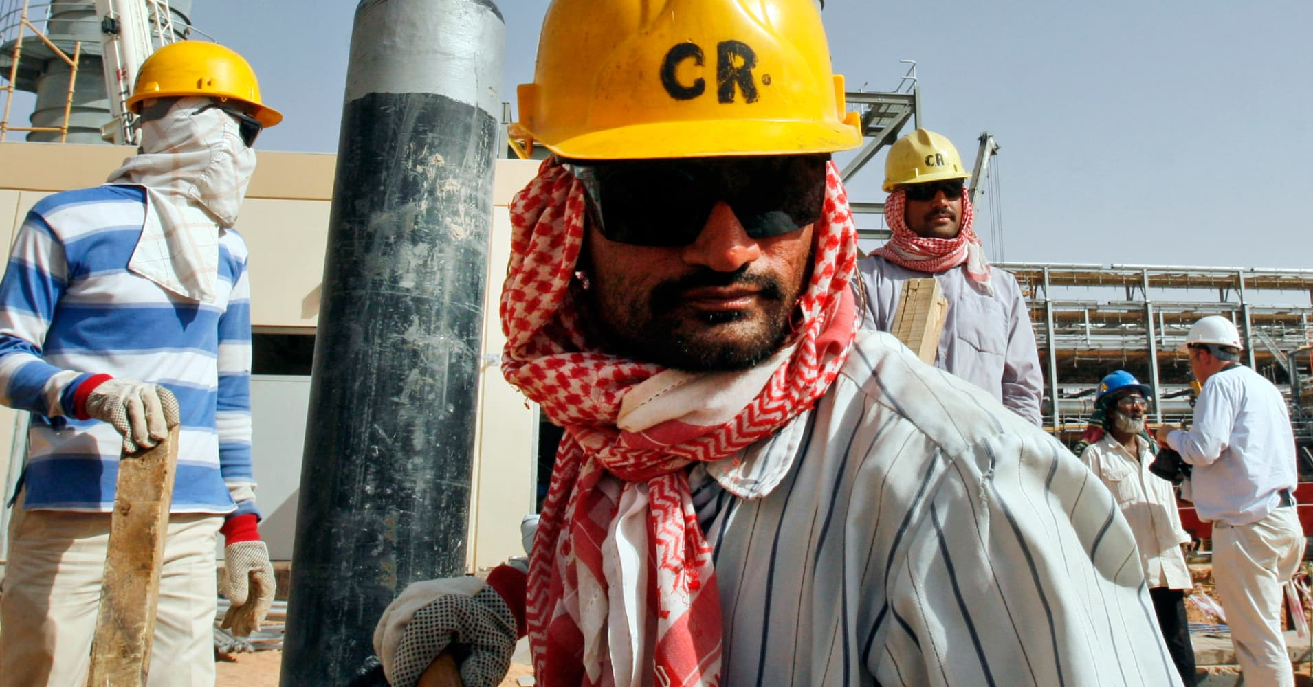 Saudi Arabia Hangs On With Cheap Oil But For How Long
