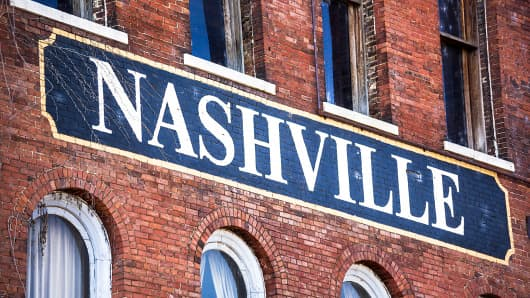 Nashville written on side of building