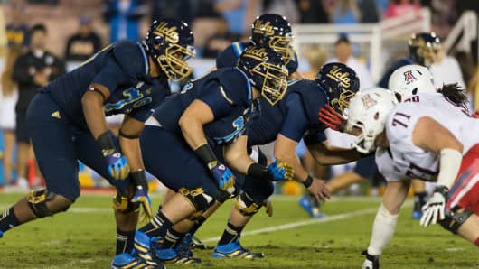 Will Oliver, left, UCLA Bruins