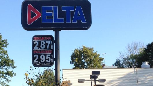Gas prices fall under $3 a gallon in New Jersey on Oct. 6, 2014.