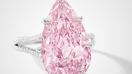 The 8.41-Ct internally flawless purple-pink diamond auctioned off by Sotheby's