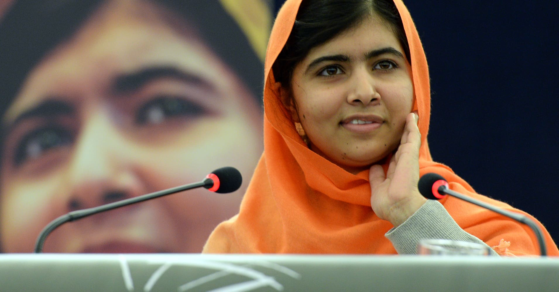Malala Yousafzai Is Going To Oxfordheres How Much It Costs