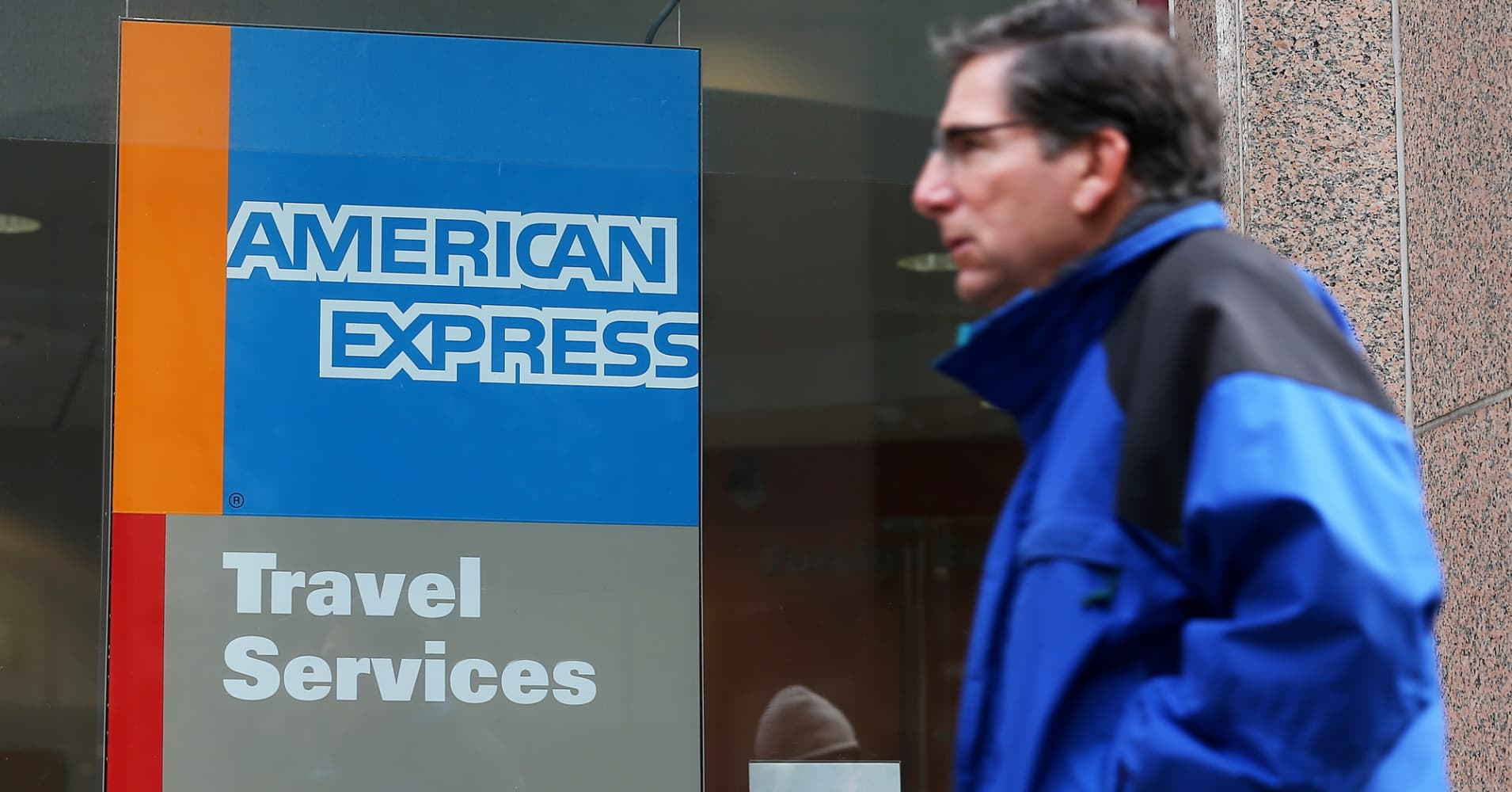 American Express drops after missing Wall Street's fourth-quarter expectations