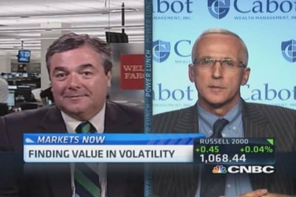 Get sideline cash in market: Pro