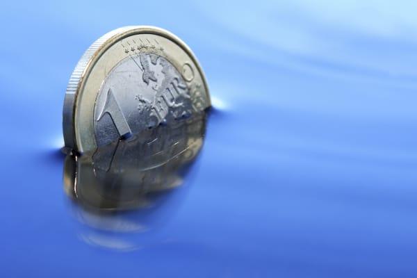 Sinking Euro declining