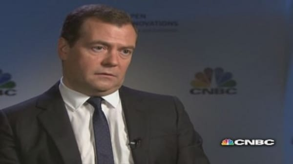 Joining EU would be risky for Ukraine: Medvedev