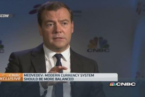 World needs six reserve currencies: Medvedev