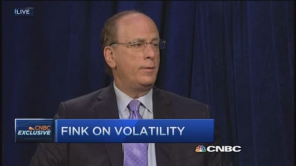 BlackRock's Fink: Lower oil prices early Christmas present for consumers